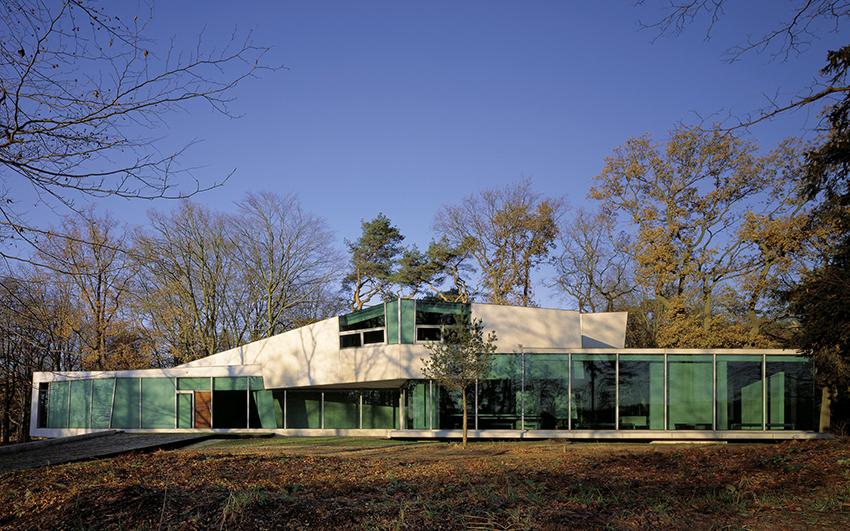 Möbius House 1