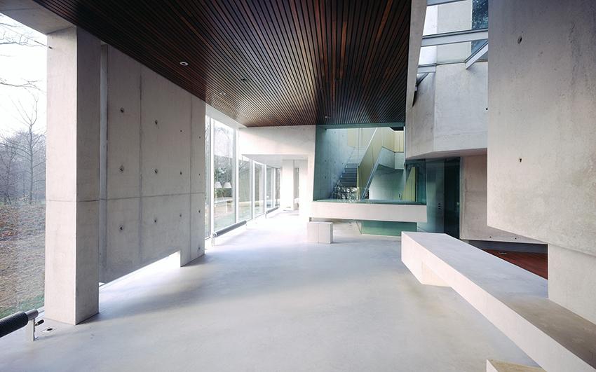 Möbius House 4
